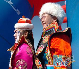 蒙古族服饰(一)
